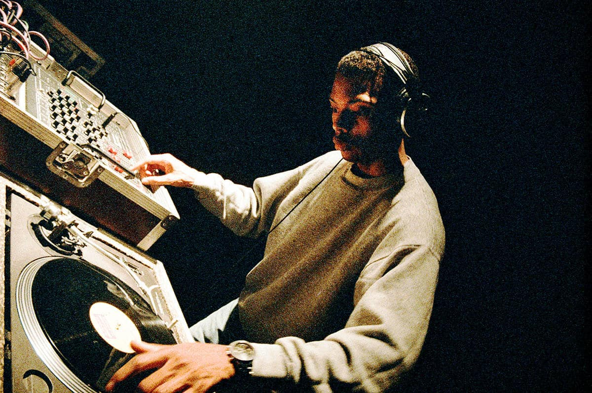 Jeff Mills im Gasometer, 1993 (c) Stephan Doleschal / doleschal.at