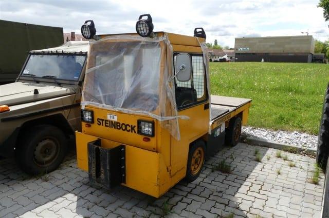 """Vierrad-Elektro Schleppfahrzeug """"Schlepper"""" Steinbock 20t. Aktuelles Gebot: 900 Euro"""