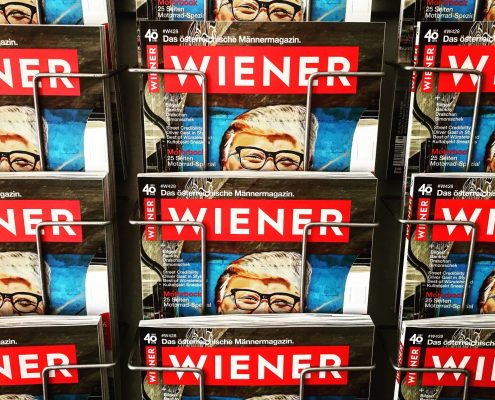 WIENER Magazine in regal